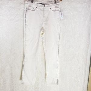🍁🍁NWT Clavin Klein white jeans Sz 31